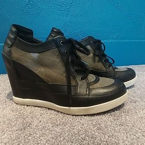 490aa62ecd5f ... Luxury Rebel 39 Carlton wedge mesh sneaker ...